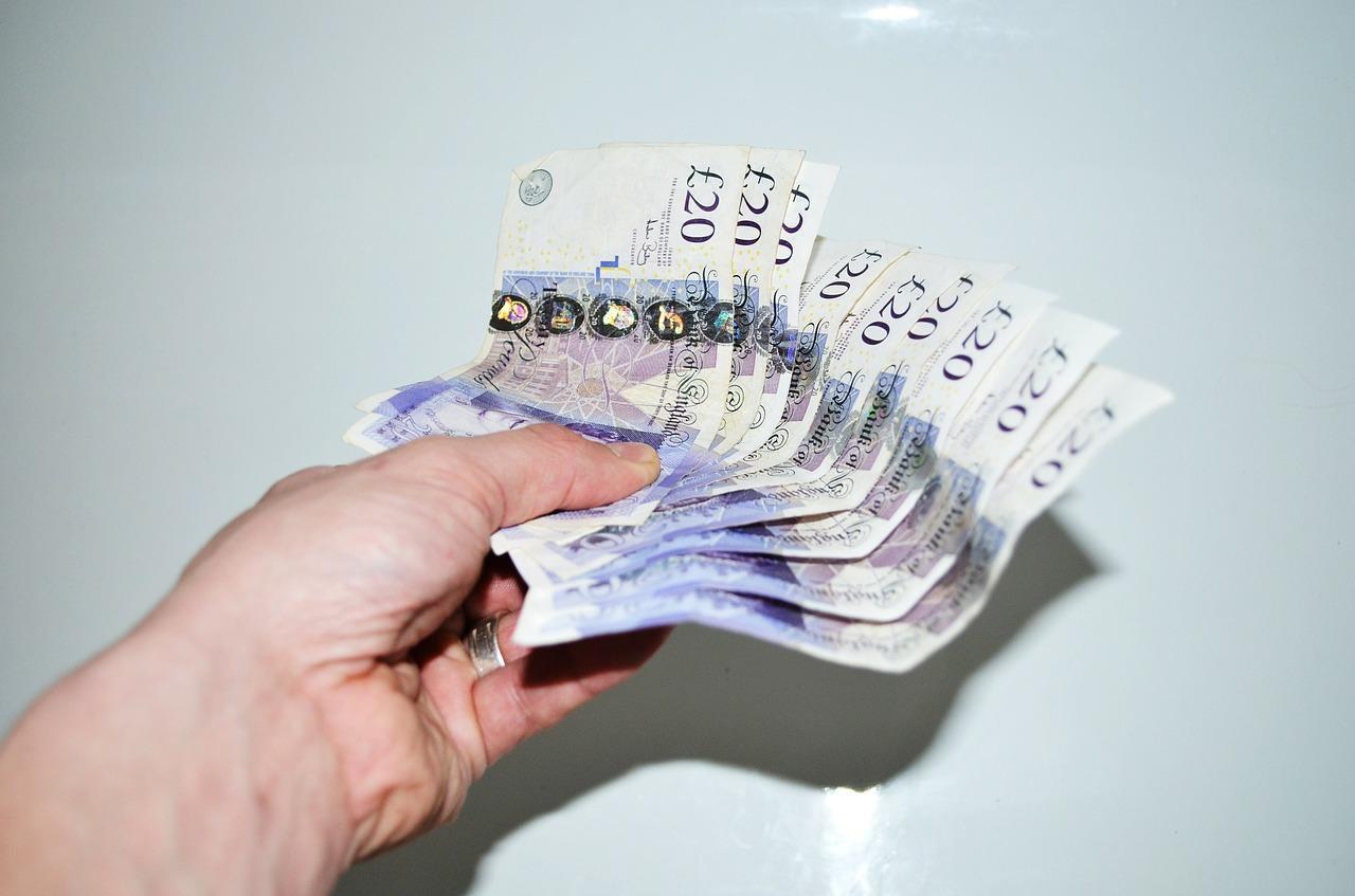 Overforbrug? Hvordan en kortsigtet penge lån kan gavne dig